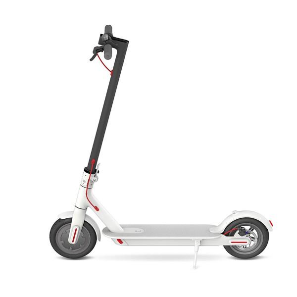 Xiaomi mi electric scooter blanco patinete eléctrico hasta 25km/h y 30km de autonomía con diseño plegable